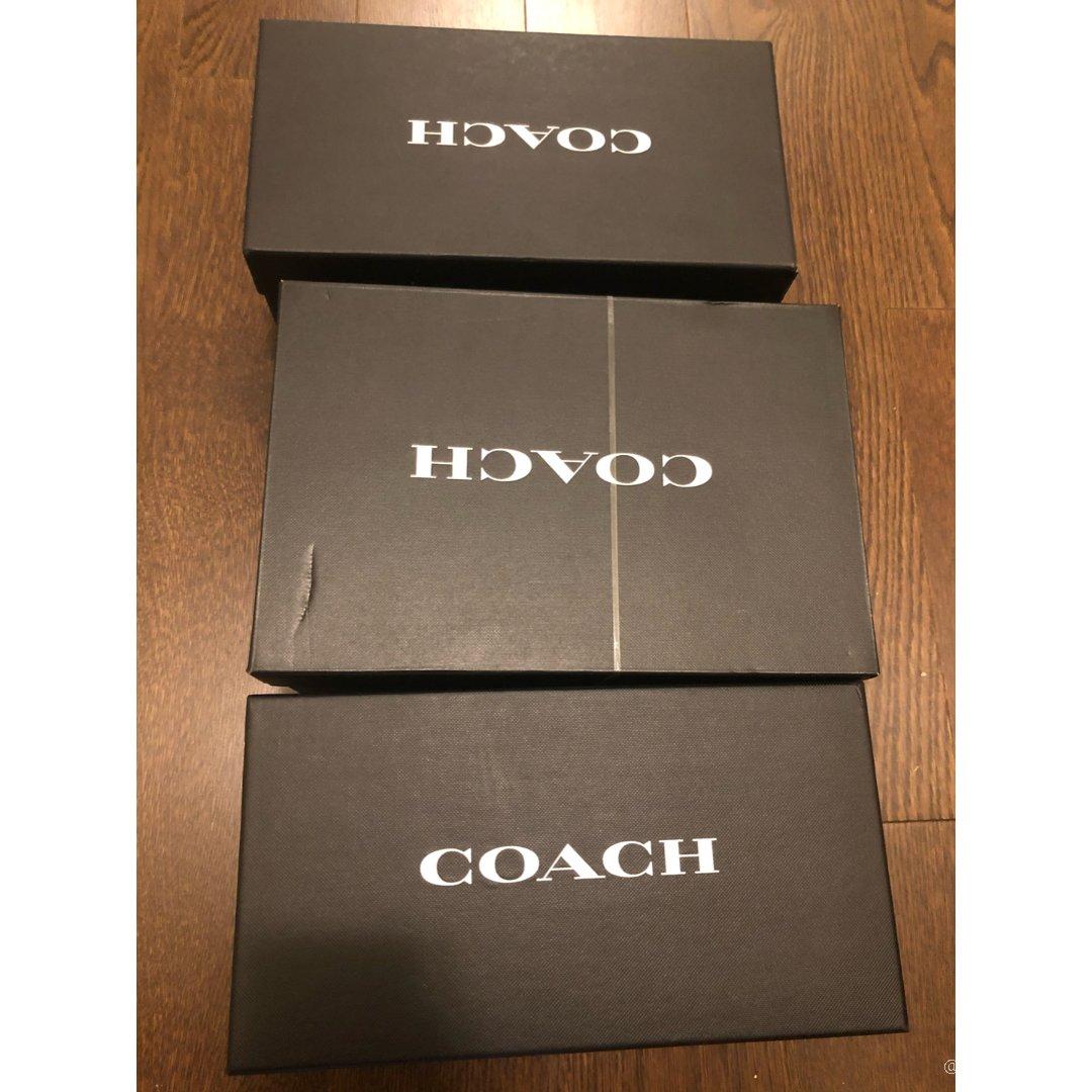 最近入的三双Coach鞋