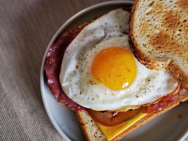 来自多功能料理机的方便早餐🥪