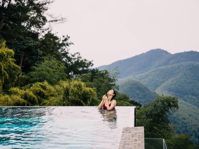 悬崖上的无边泳池|裸心堡慢生活part2