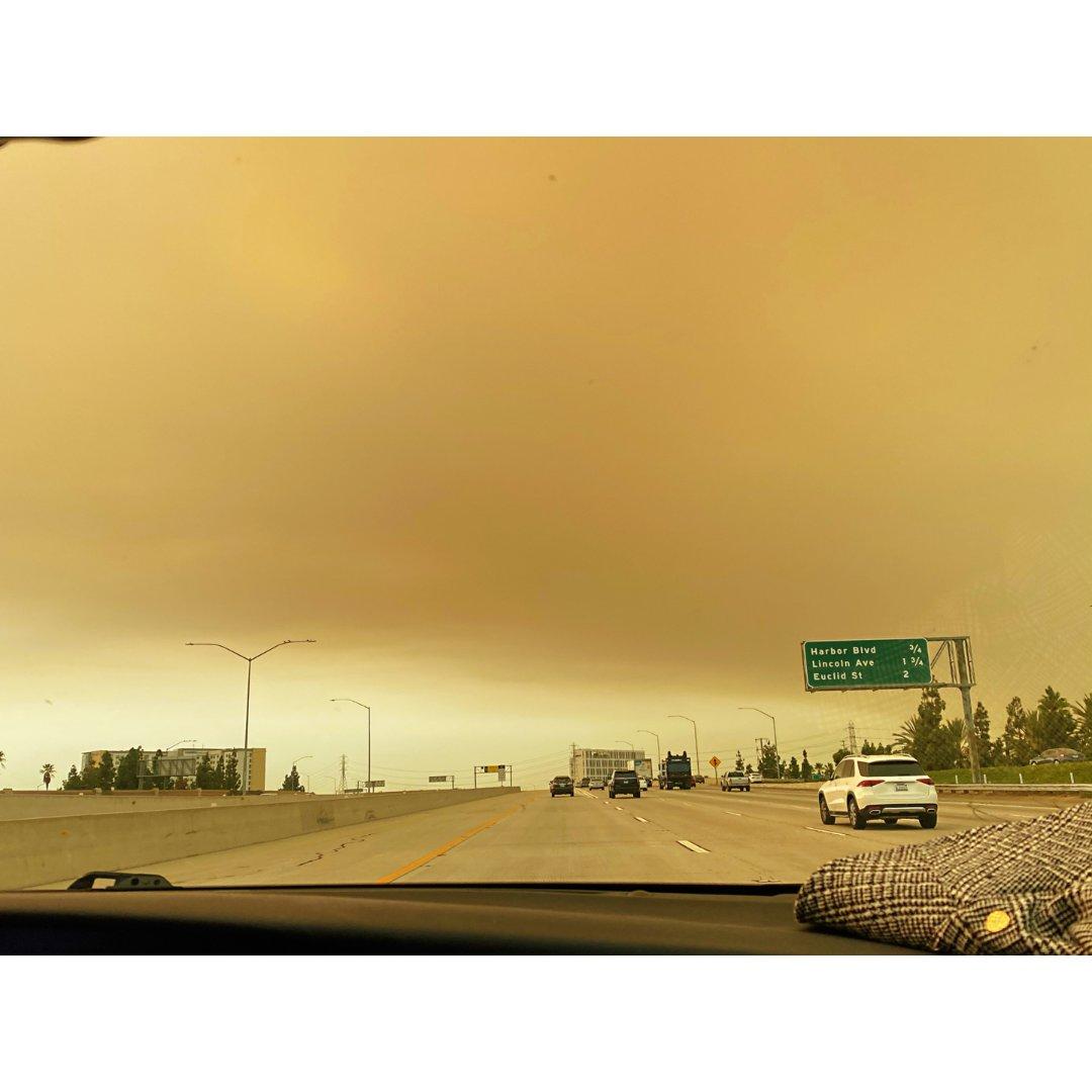加州🌋|被烟灰笼罩的一天