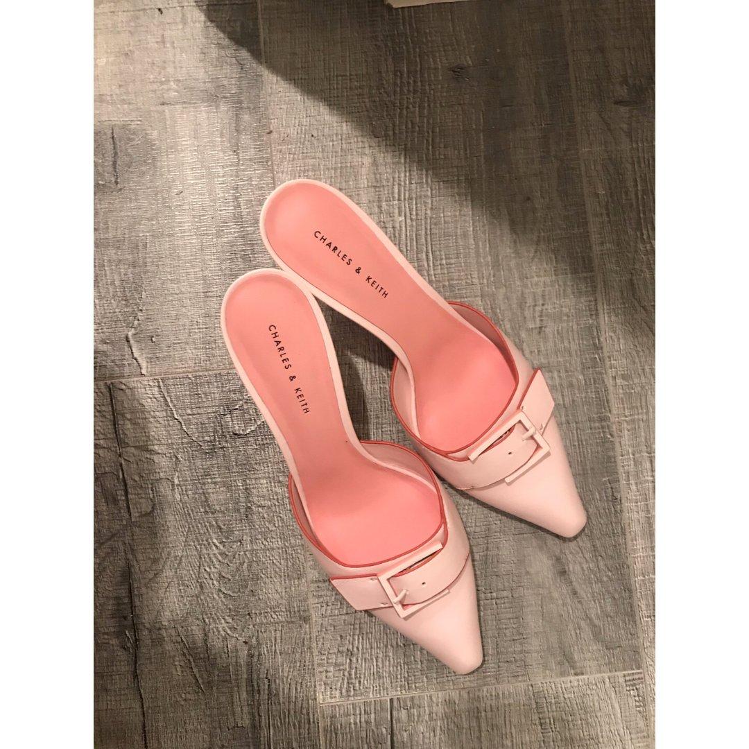 小CK的小粉鞋