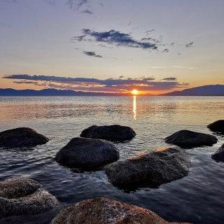 回国游|💙赛里木湖的日出...