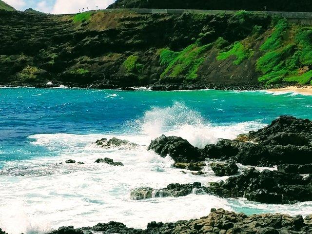 #夏威夷Oahu欧胡岛  黑色岩石...