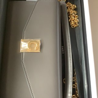 TK的celine包包只要300镑...