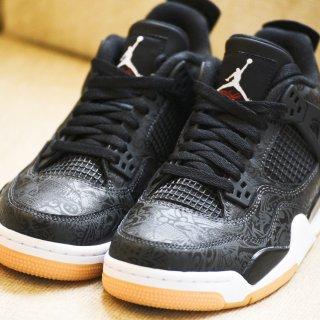 王者风范:Jordan 4 黑镭射...