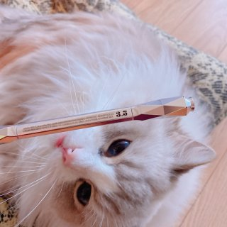 Benefit 砍刀眉笔,好用!...
