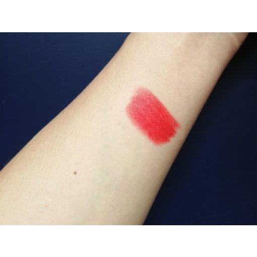 每个女森都该有的一支正红色口红!