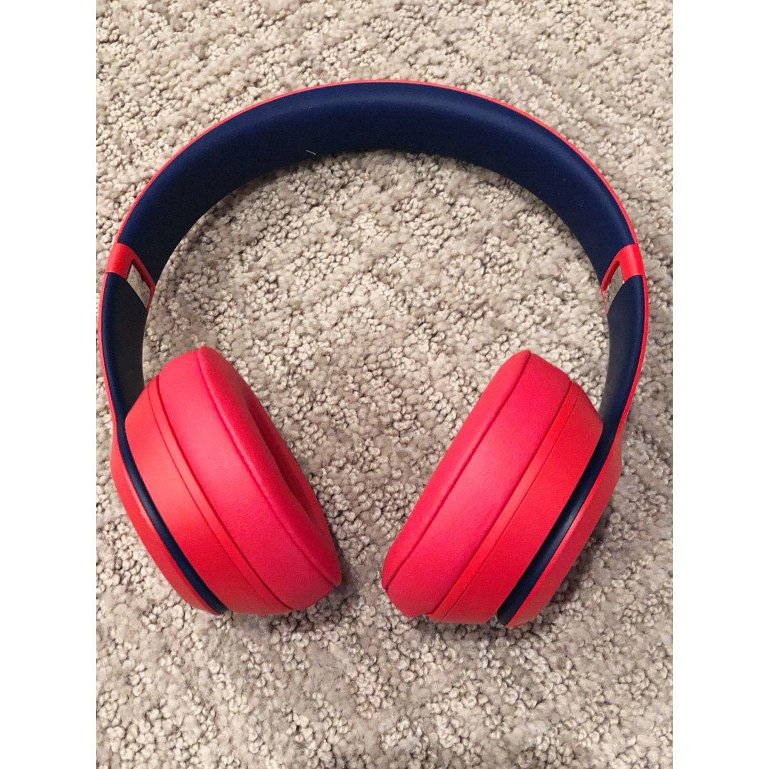 苹果Beats Studio3耳机