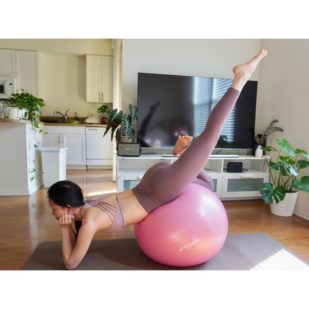 健身打卡第十一天,瑜伽球开背~太好玩啦~