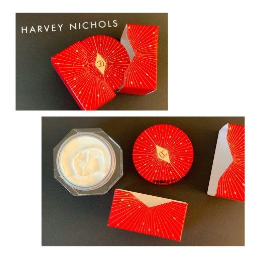 打开这个新年礼盒 收获这一年的唇红齿白颜如玉