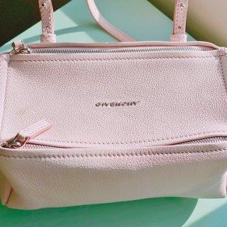 粉嫩嫩的Givenchy mini Pa...