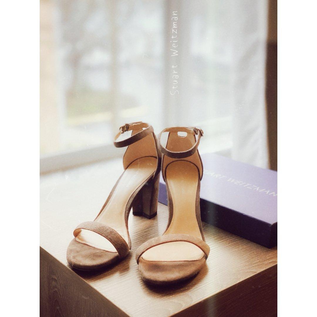 SW经典款 一字带凉鞋 灰色麂皮粗跟鞋...