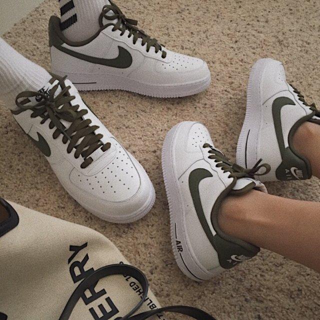 定制属于我们的情侣鞋💕
