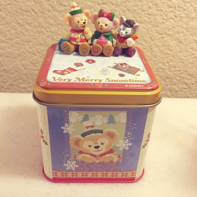妈妈从日本买的Duffy圣诞节糖?...