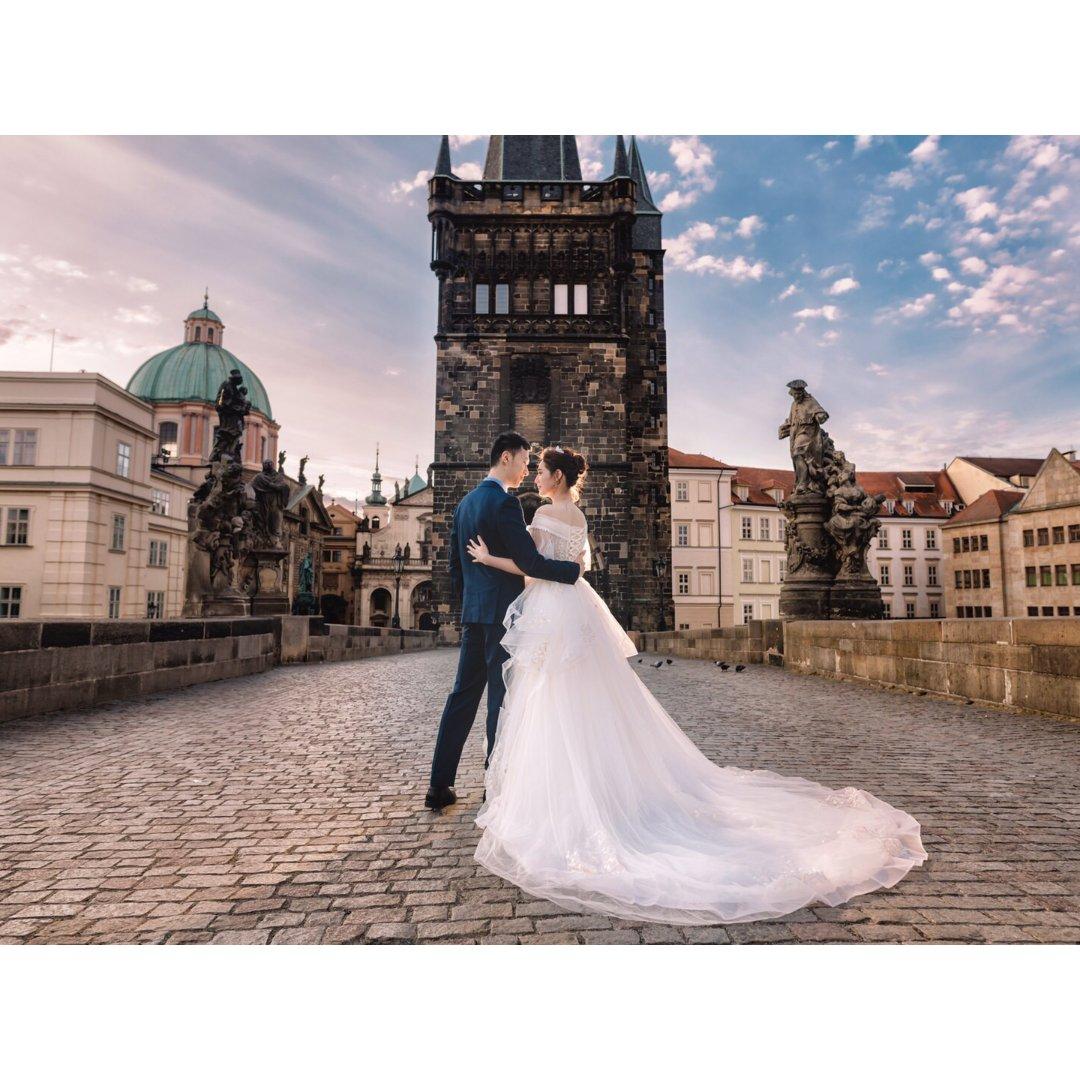 布拉格旅拍婚纱照-公主白色系列
