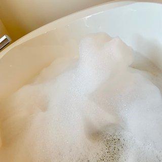 Lush 金光闪闪的泡泡浴 👾放松心灵好...