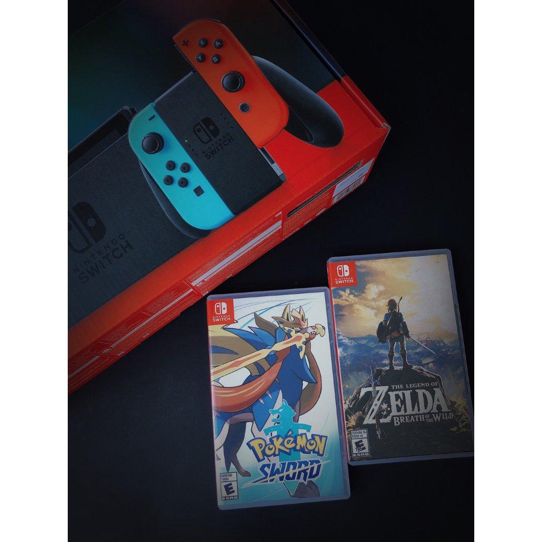Nintendo Switch 游戏机