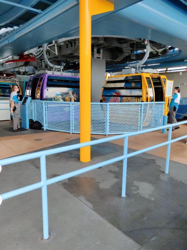 迪士尼空中缆车运输系统初体验🎉🎉