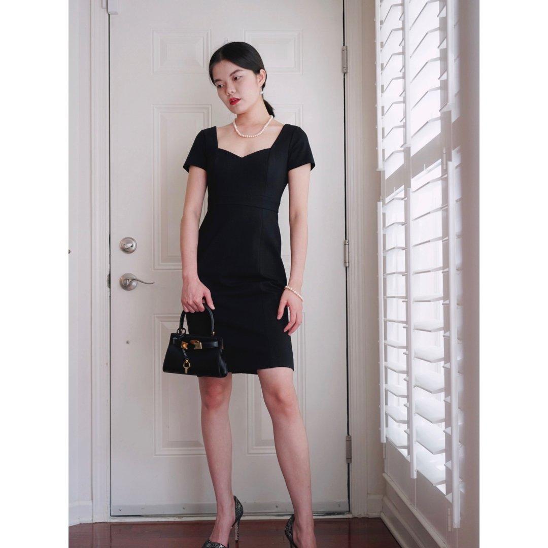 克服懒癌的我终于化了个妆试了新买的小黑裙