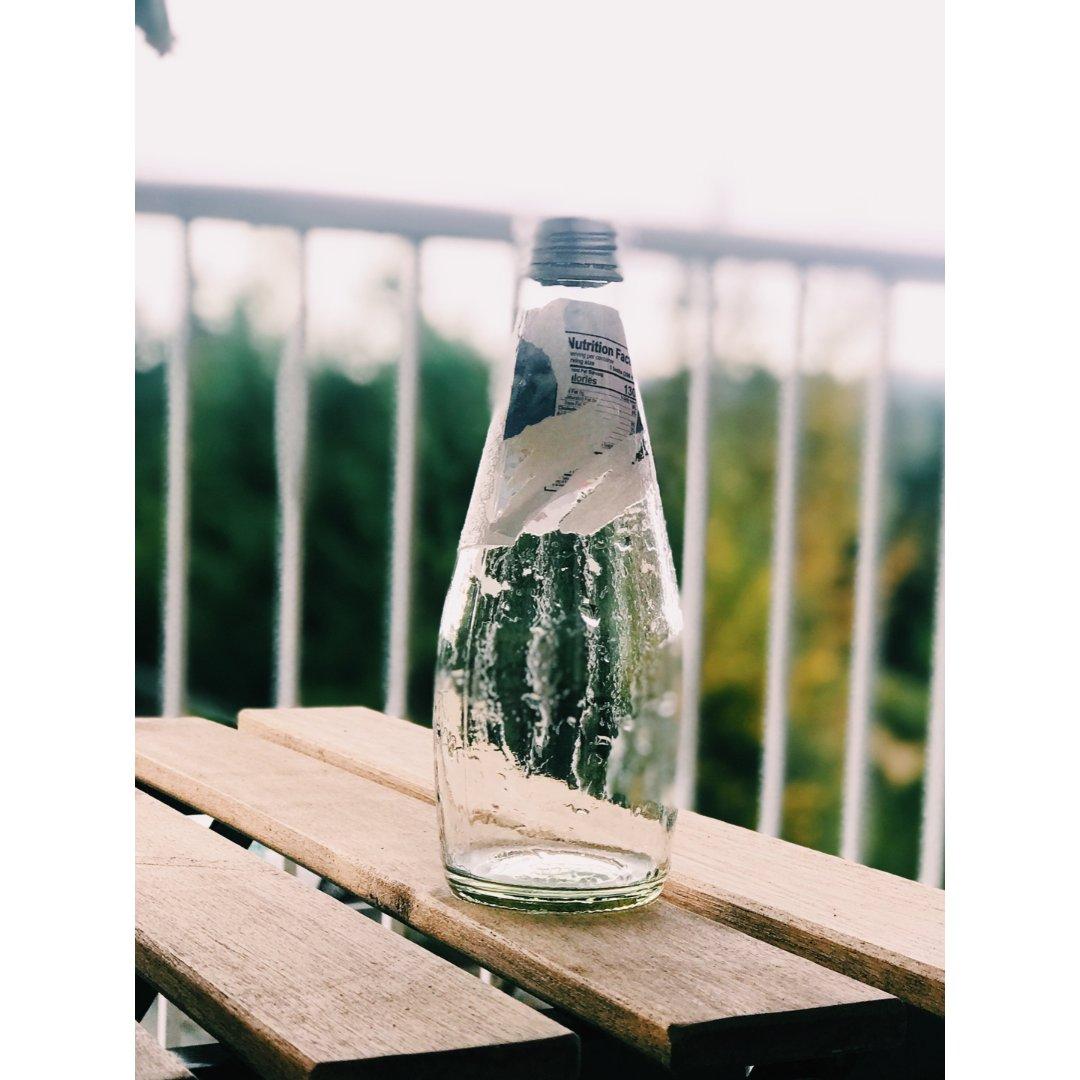完美去除玻璃瓶难撕标签的小技巧~