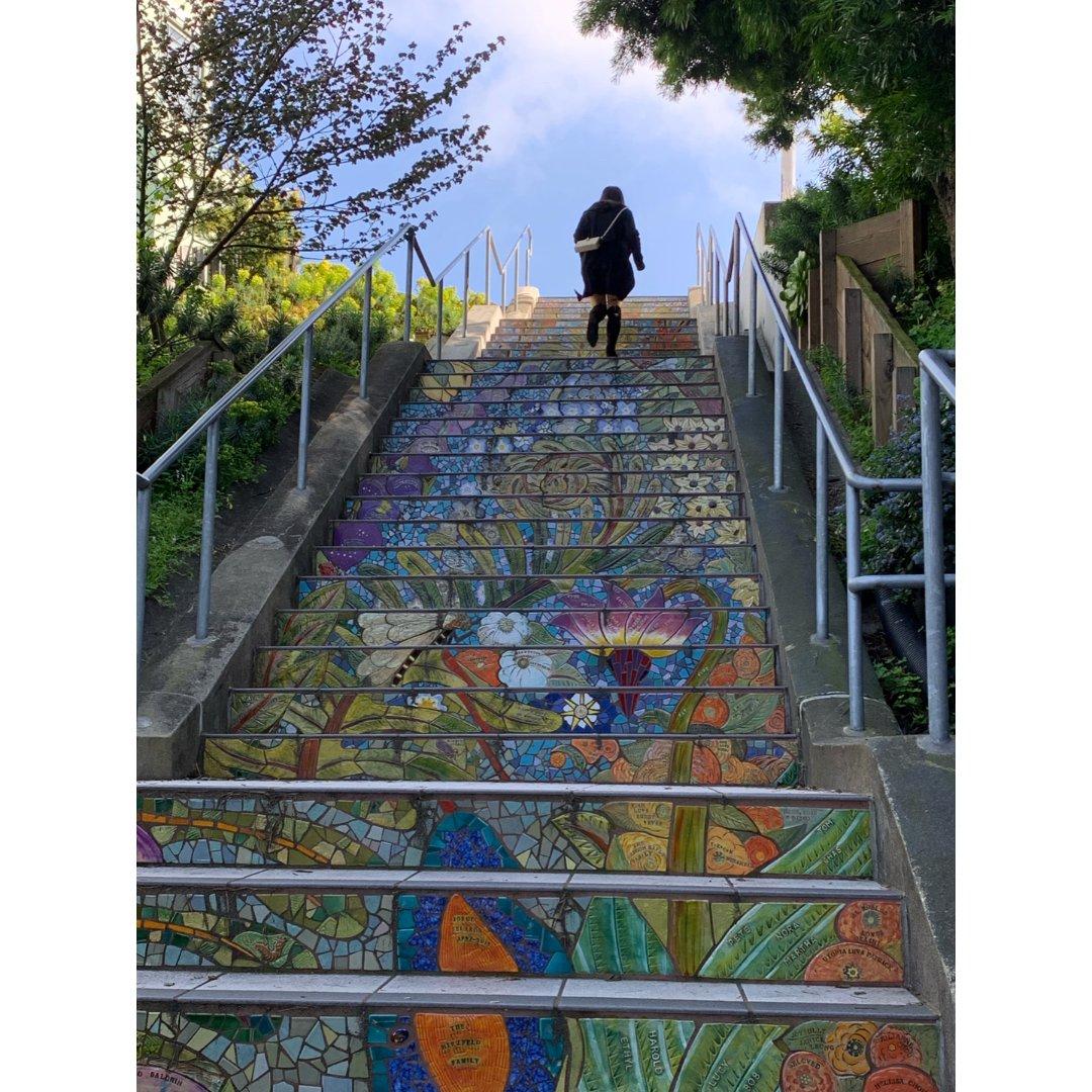 旧金山最美童话阶梯