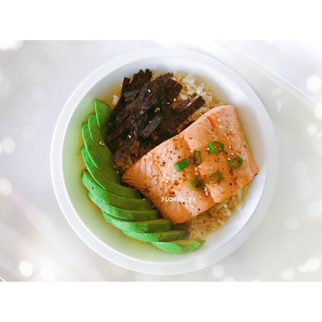 202 晚餐吃什么🤔 三文鱼 + ...