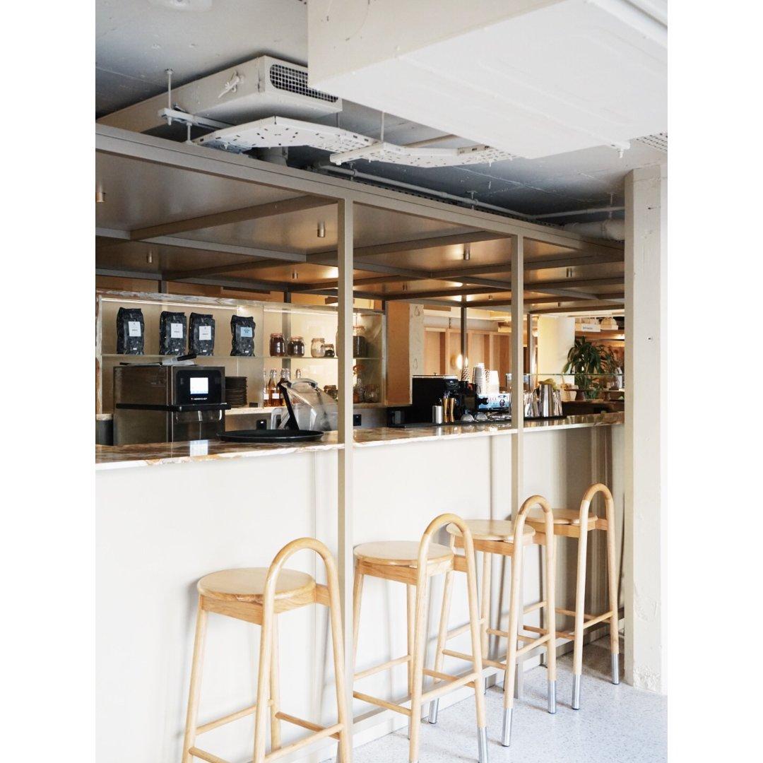 伦敦咖啡|泰晤士河边的咖啡馆...