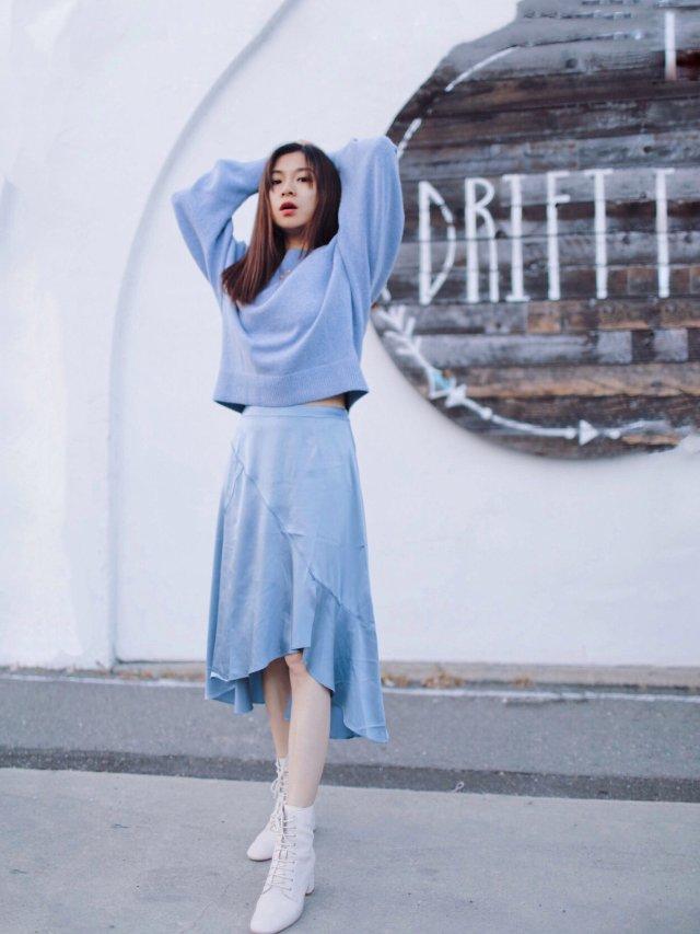 CC玩转衣橱|秋天的静谧蓝穿搭组合