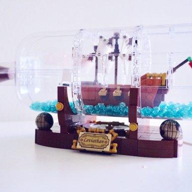 Ideas系列 瓶中船 21313