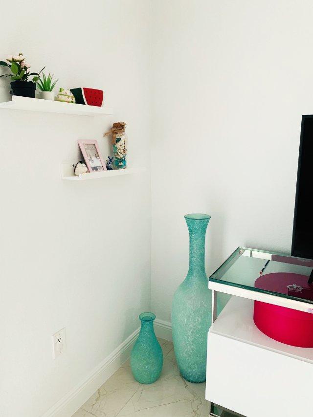 我的小清新,客厅电视柜旁的装饰。