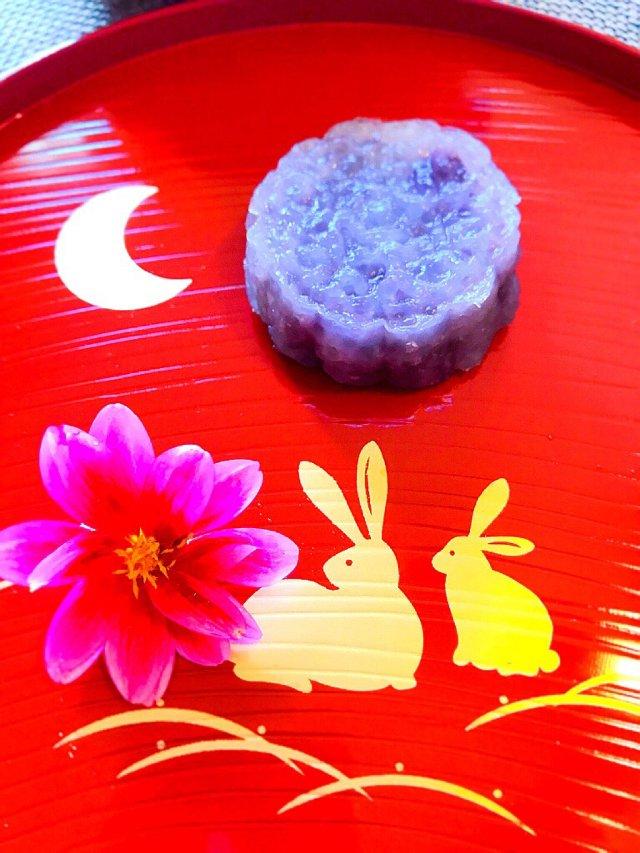 晶莹剔透的手工水晶紫薯月饼,挑战成...