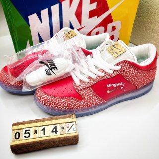 🍄红白迷幻蘑菇配色的运动板鞋🍄...