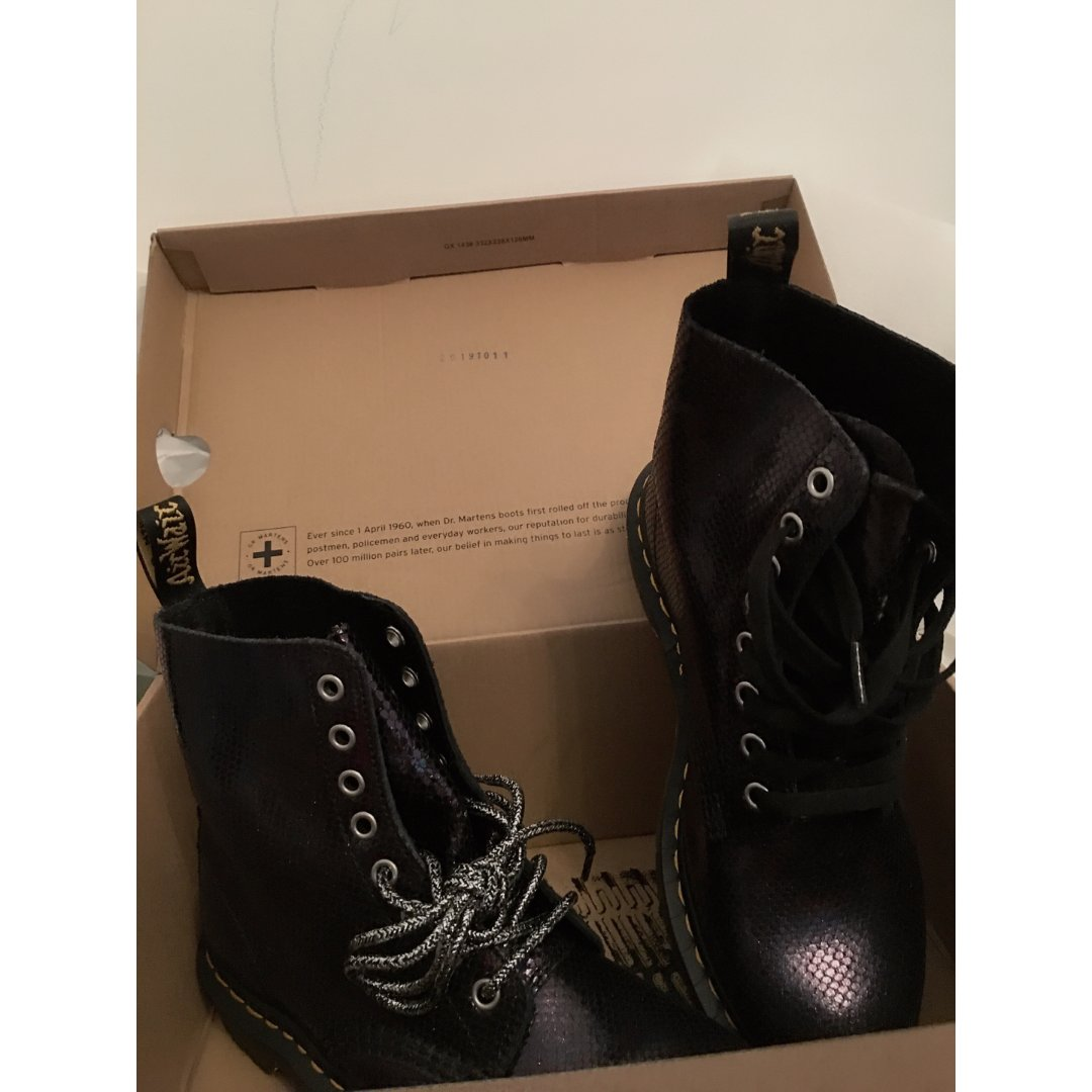 超软马丁靴 Dr Martens