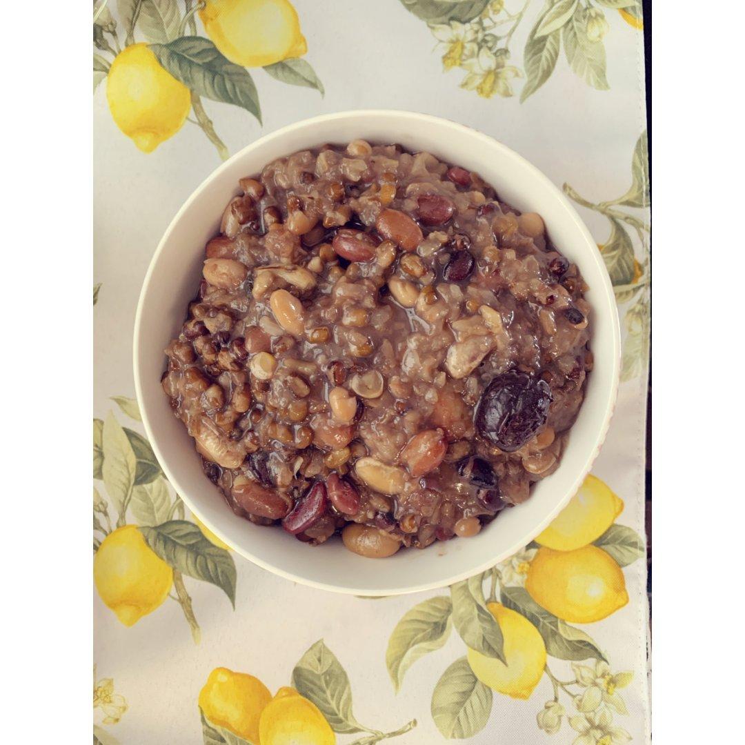杂粮豆豆粥