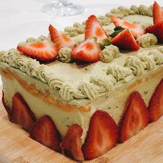 伦敦美食|好吃的抹茶草莓蛋糕...