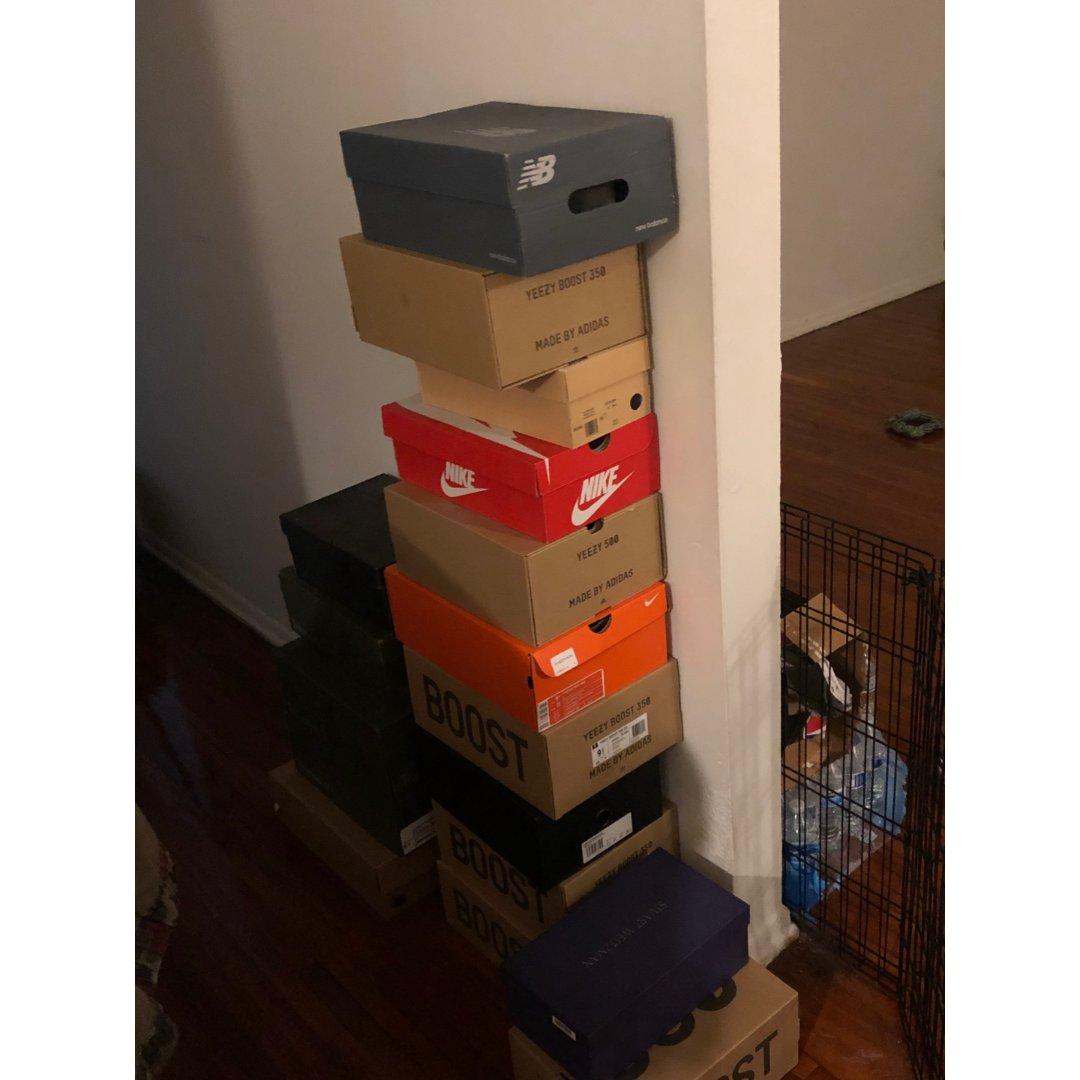 家里鞋堆成小山