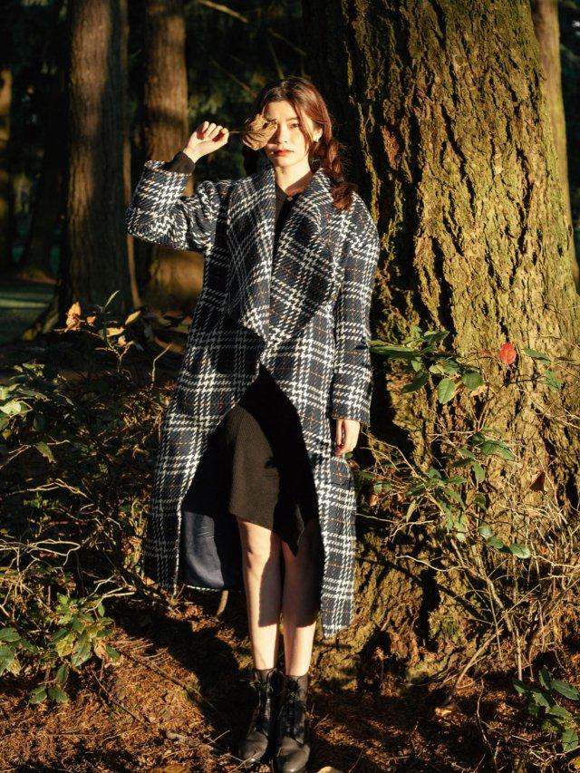 FansLook ☁️ 格纹大衣和...