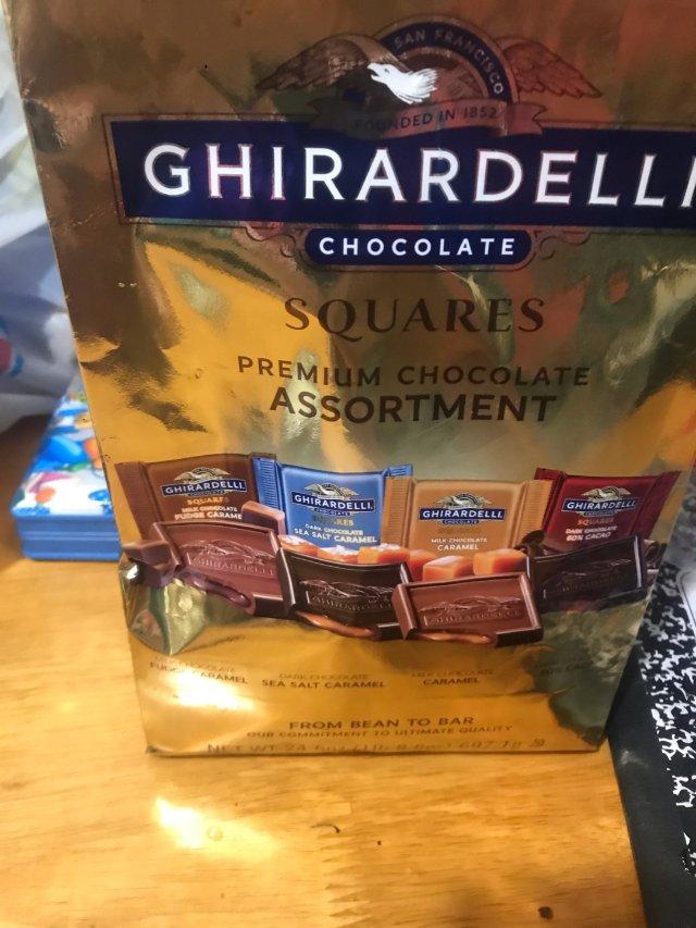 这是之前过圣诞节🎄时候随手买的巧克...