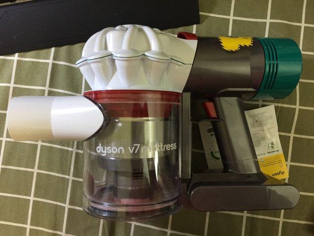 Dyson v7 床垫吸尘器