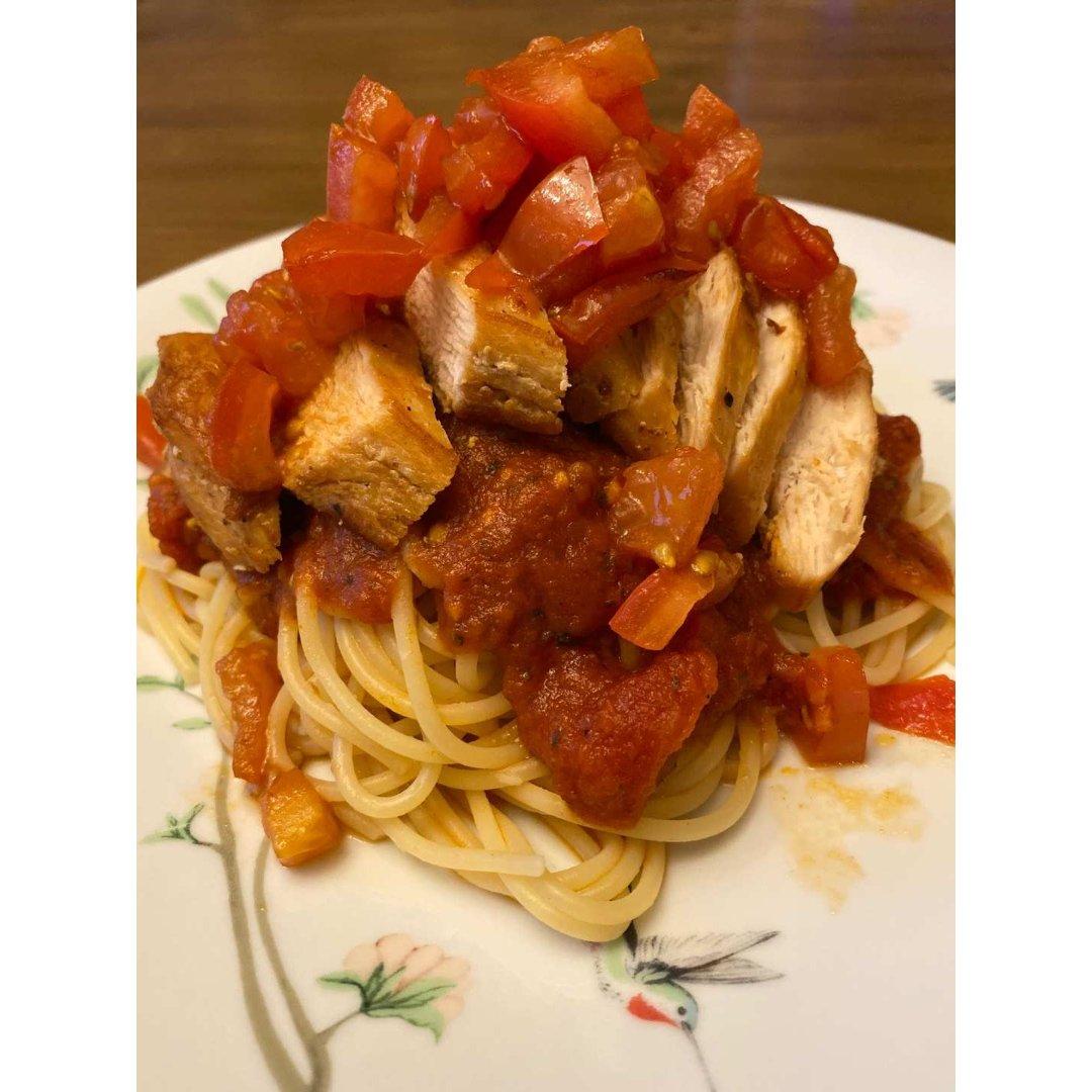 鸡胸番茄意粉