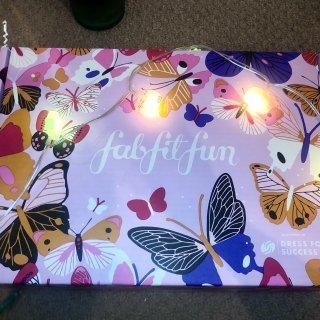 Fabfitfun 春季订阅盒...