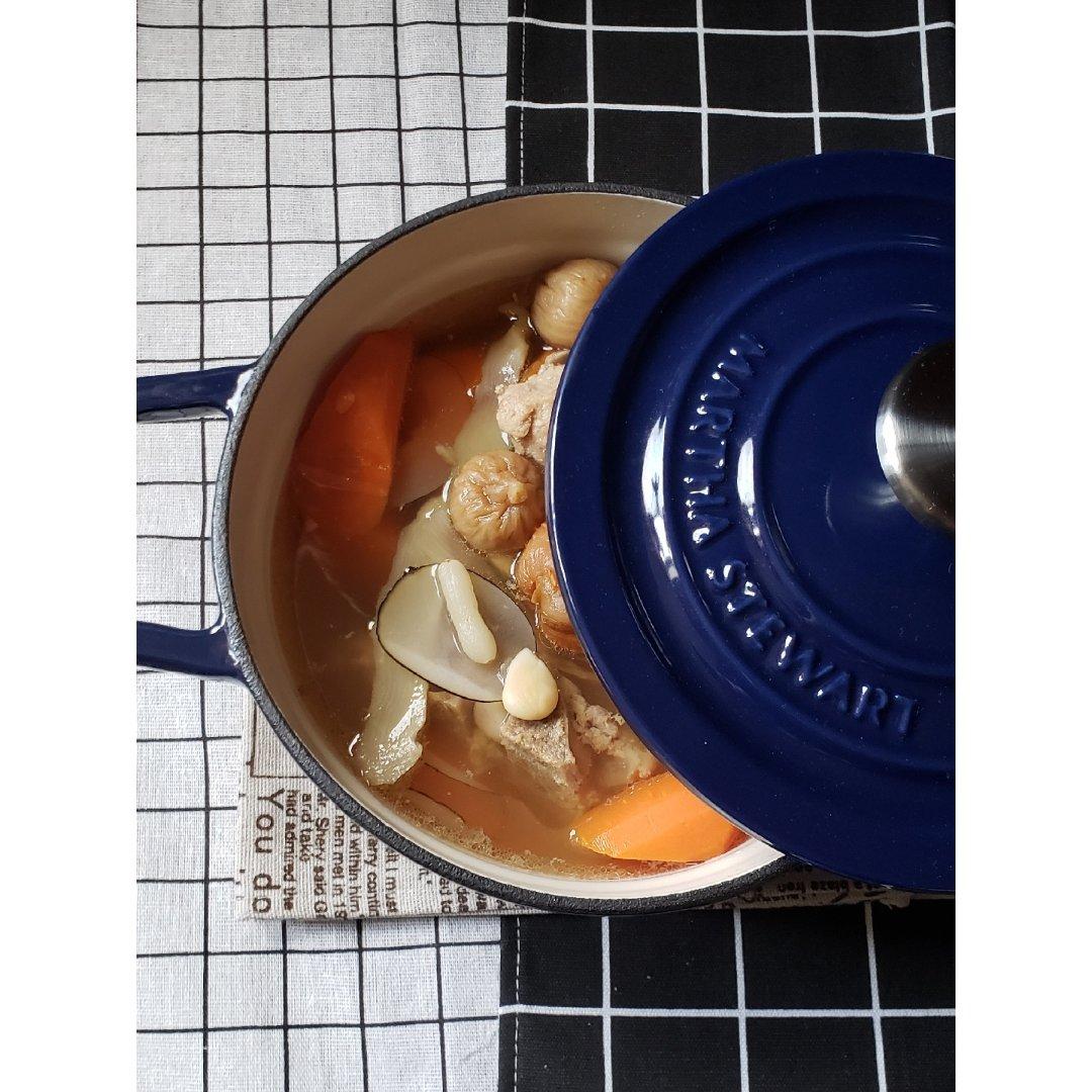 一日三餐吃什么之---海底椰玉竹猪骨汤