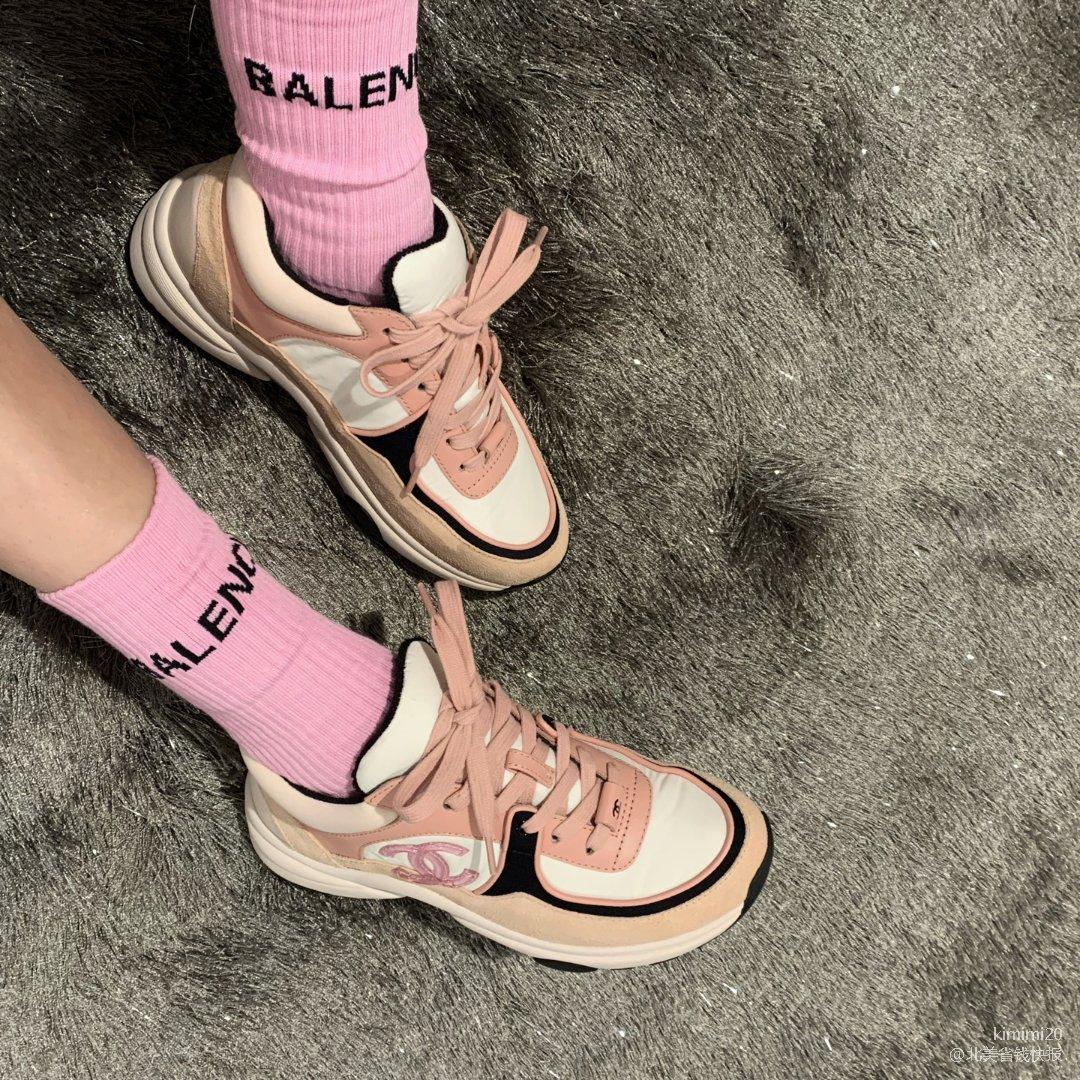 🌸 比起高跟鞋现在更爱运动鞋 🌸