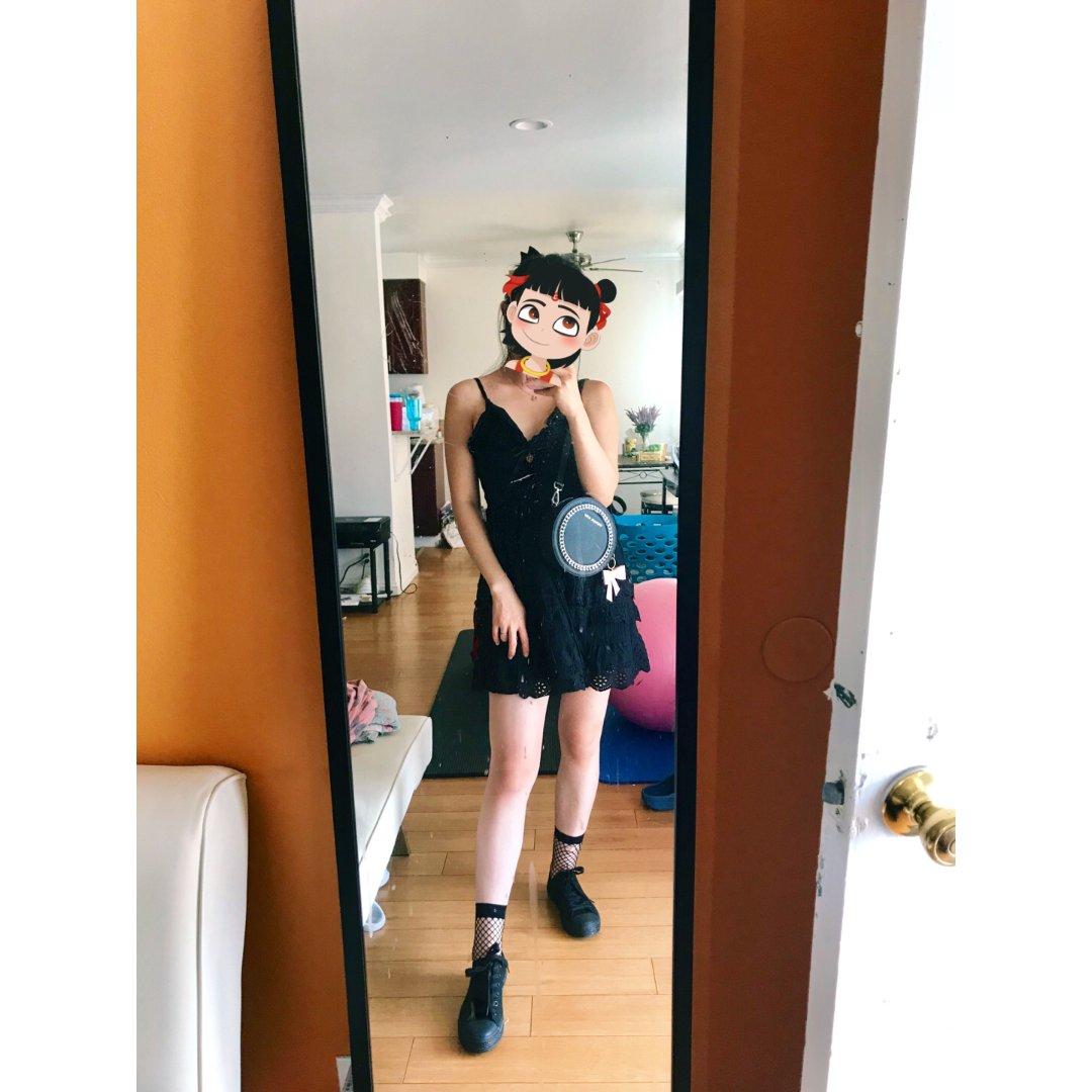约会装扮✨✨黑色小洋装