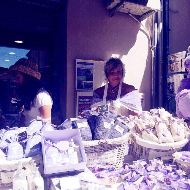 能想起的紫色单品,只有在普罗旺斯瓦...