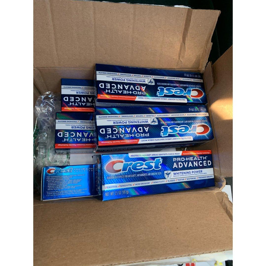 摆摊卖牙膏