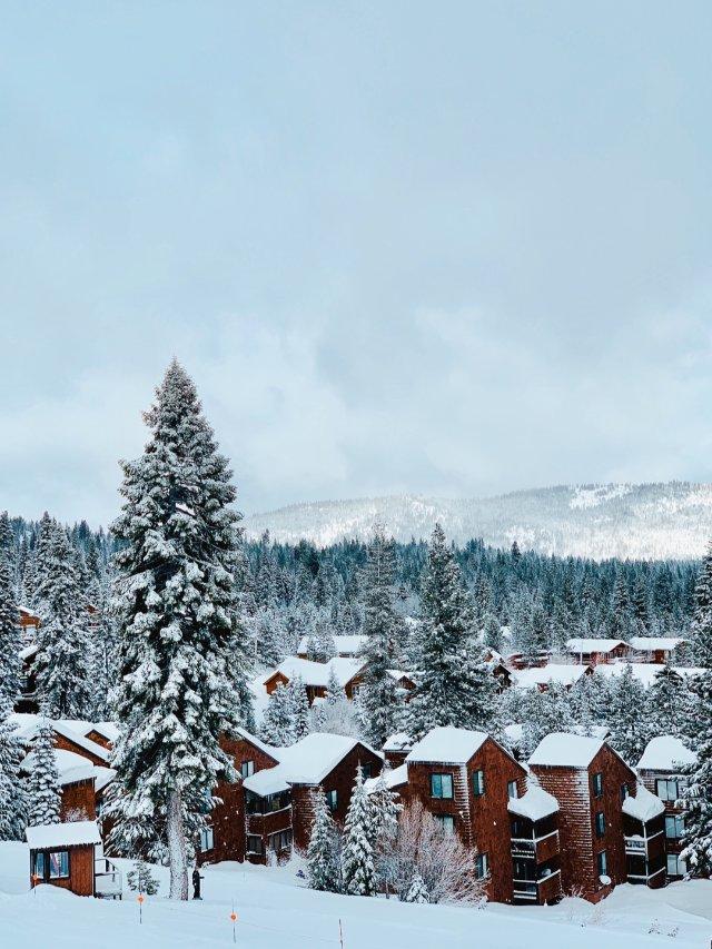 Day8 滑雪穿搭 昨天下了一整天的雪
