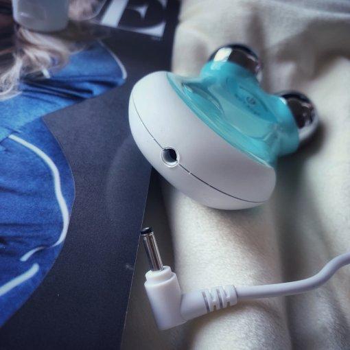 消除水肿神器:Nuface mini美容仪