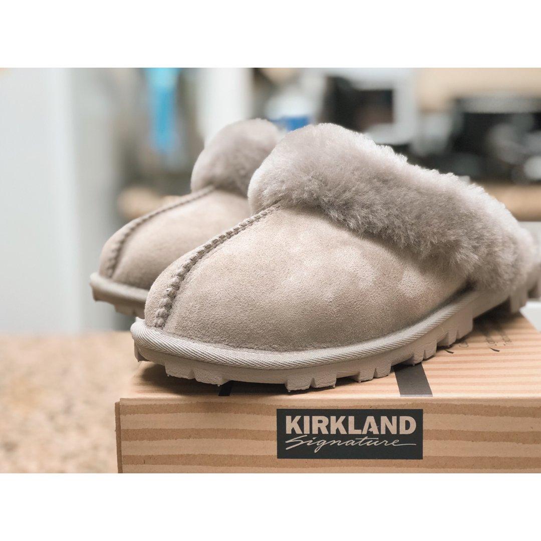 晒货区种下的草|Costco羊毛皮拖鞋