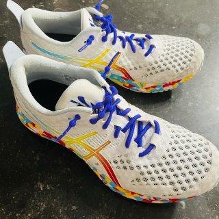 没见过这么色彩缤纷的Asics运动鞋🔥...